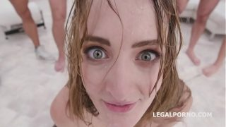 submissive DAP Gangbang with Zoe Sparksall the balls goes in to ass