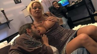 This is how you fuck your best friend´s Wife Hard and Rough in their home